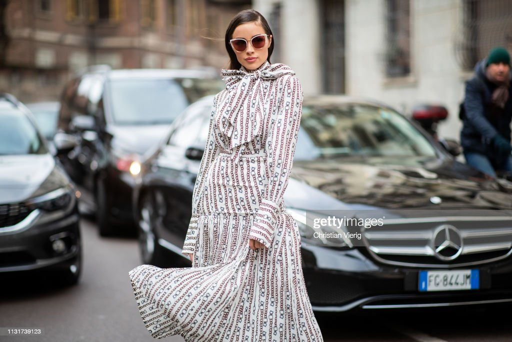 Street Style - Day 4: Milan Fashion Week Autumn/Winter 2019/20 : News Photo