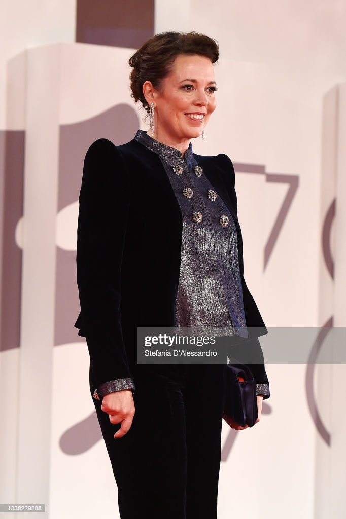 """""""The Lost Daughter"""" Red Carpet - The 78th Venice International Film Festival : News Photo"""