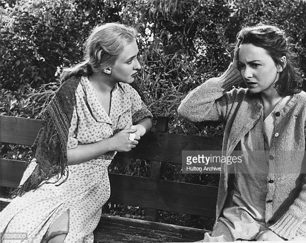 Olivia De Havilland as Virginia Stuart Cunningham in a scene from the film 'The Snake Pit', directed by Anatole Litvak and produced by 20th Century...