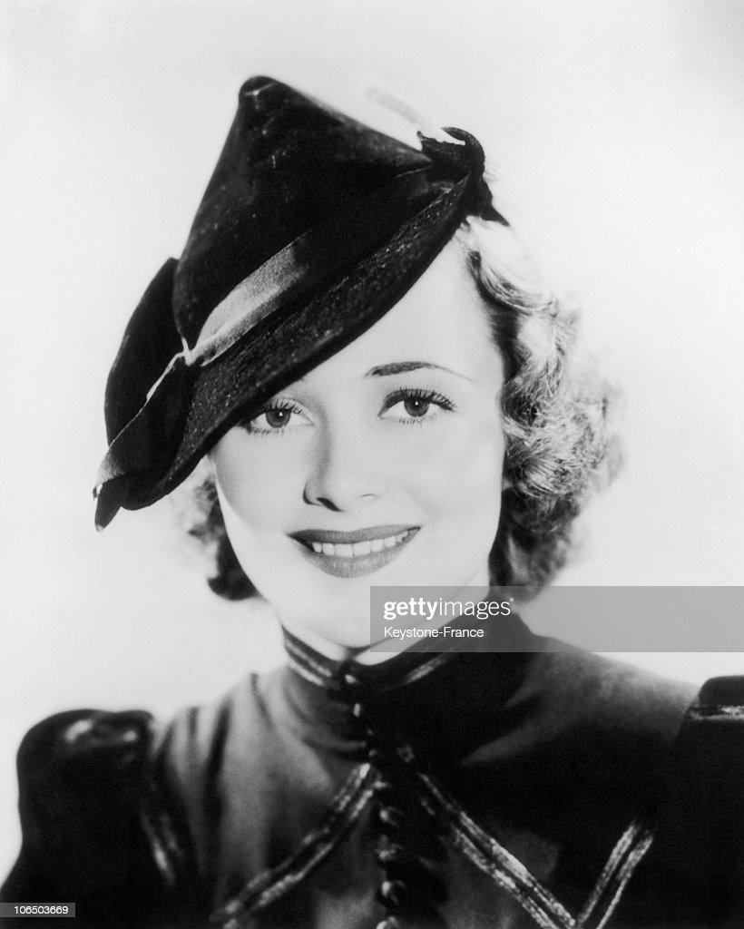Olivia De Havilland : News Photo