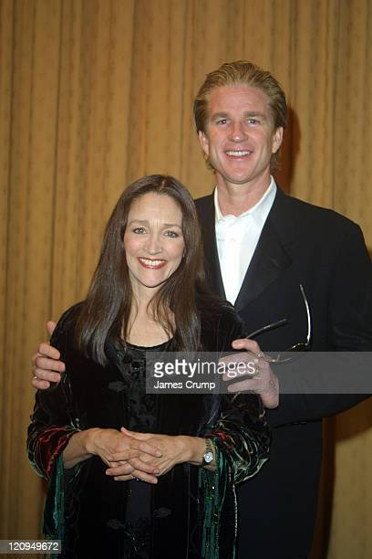 Olivia Hussey winner for Best Supporting Actress and Matthew Modine presenter