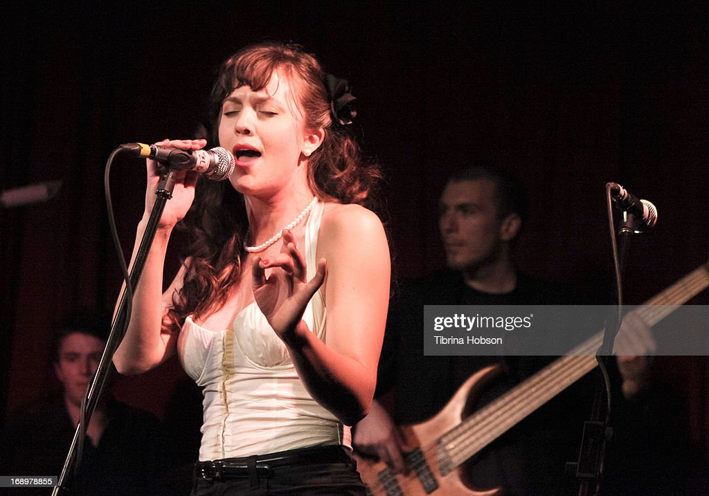 David & Olivia's Record Release Show At The Hotel Cafe : News Photo