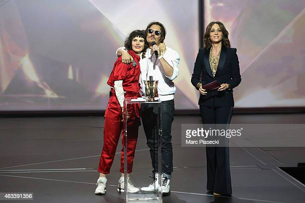 Olivia Merilahti and Dan Levy from The Do receive the rock award for the album 'Shake shook shaken' during the 30th 'Victoires de la Musique' French...