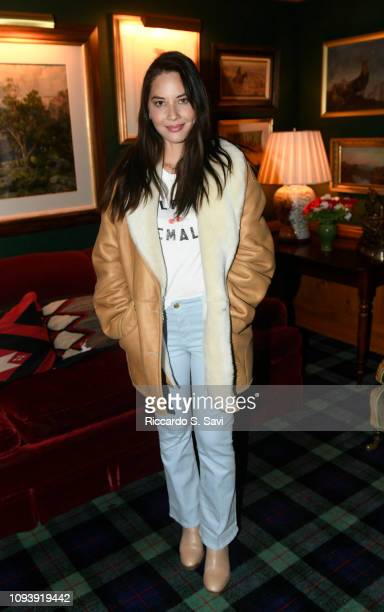 Olivia Munn attends the Frame and Bumble dinner at Caribou Club on February 4, 2019 in Aspen, Colorado.