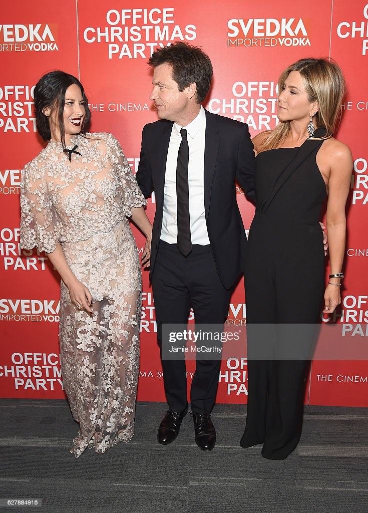 """Paramount Pictures with The Cinema Society & Svedka host a screening of """"Office Christmas Party"""" : News Photo"""