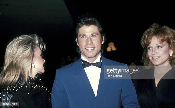 Olivia NewtonJohn John Travolta and Marilu Henner