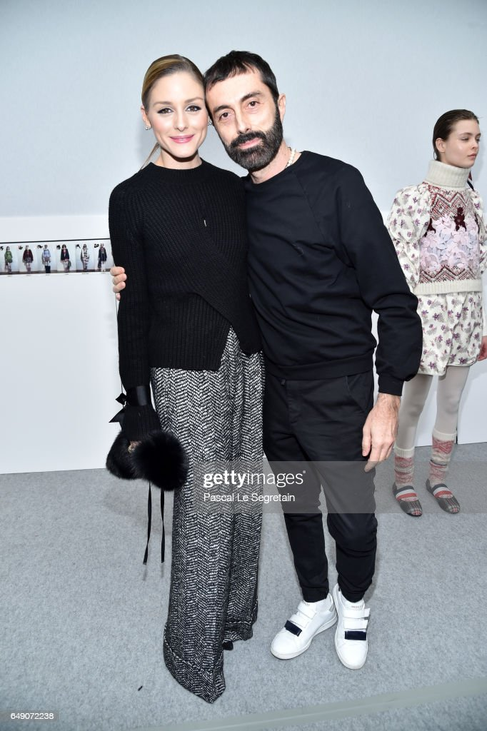 Moncler Gamme Rouge: Front Row  - Paris Fashion Week Womenswear Fall/Winter 2017/2018 : News Photo