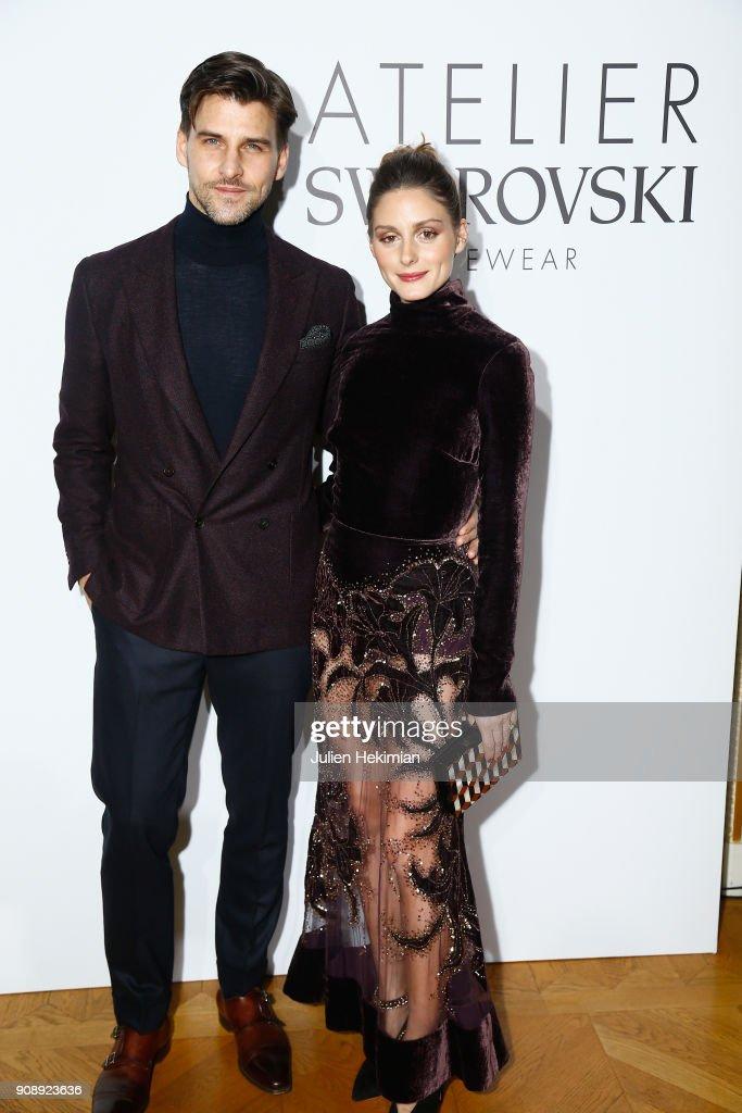 olivia-palermo-and-johannes-huebl-attend-the-swarovski-eyewear-diner-picture-id908923636