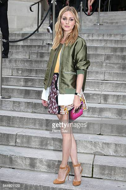 Olivia Palermo arrives at the Giambattista Valli Haute Couture Fall/Winter 20162017 show as part of Paris Fashion Week on July 4 2016 in Paris France