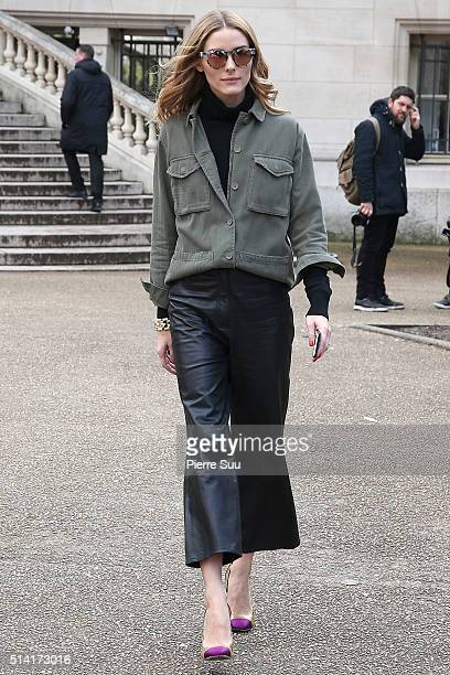Olivia Palermo arrives at the Giambattista Valli show as part of the Paris Fashion Week Womenswear Fall/Winter 2016/2017 on March 7 2016 in Paris...