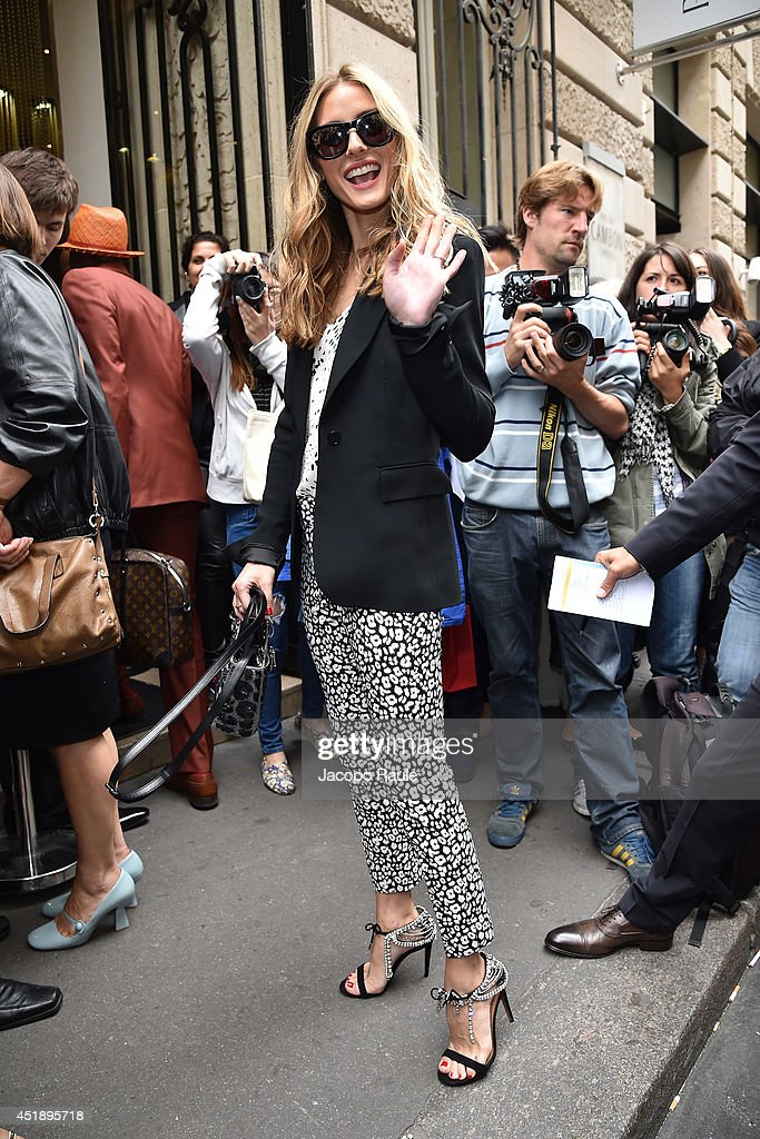 Olivia Palermo arrives to attend the Elie Saab show as part of Paris Fashion Week - Haute Couture Fall/Winter 2014-2015 on July 9, 2014 in Paris, France.