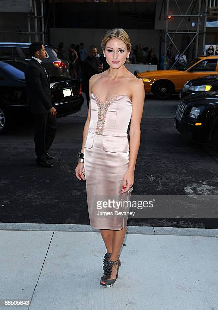 Olivia Palermo arrives to the 2009 CFDA Fashion Awards outside Alice Tully Hall Lincoln Center on June 15 2009 in New York City