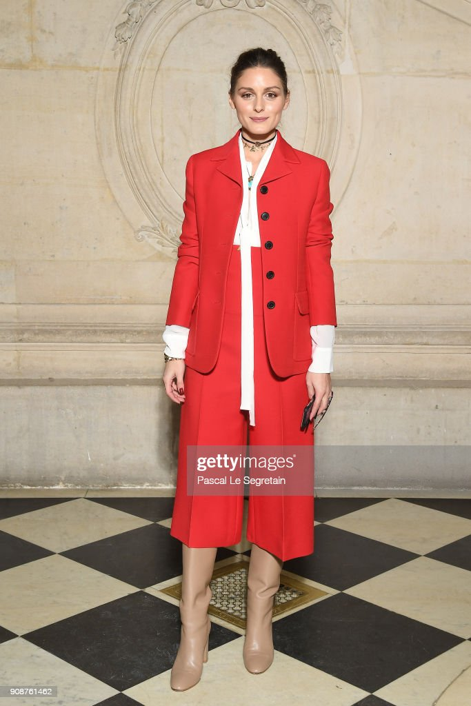 olivia-palermo-attends-the-christian-dior-haute-couture-spring-summer-picture-id908761462