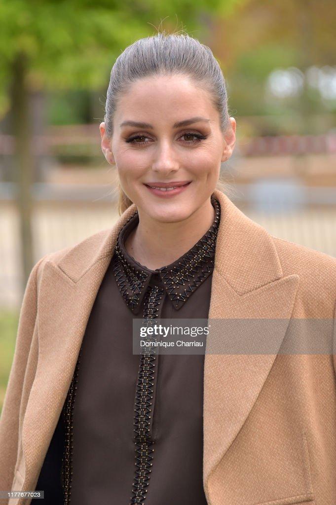 Elie Saab : Front Row -  Paris Fashion Week - Womenswear Spring Summer 2020 : Nachrichtenfoto