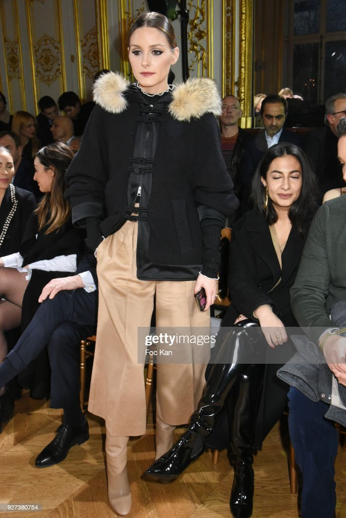 John Galliano : Front Row - Paris Fashion Week Womenswear Fall/Winter 2018/2019 : ニュース写真
