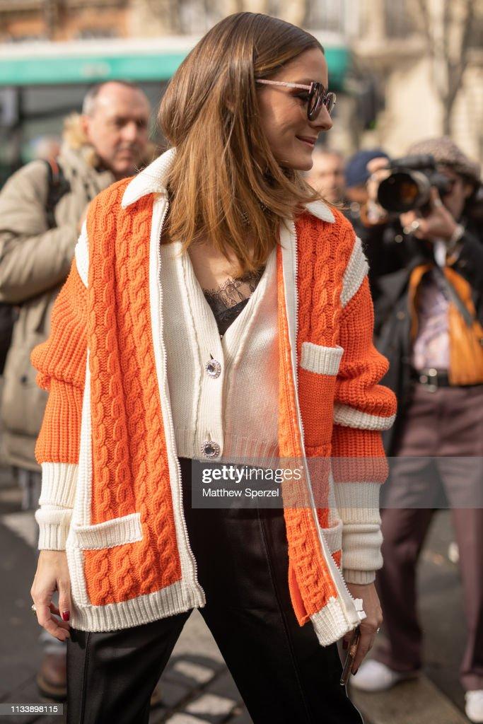 Street Style - Paris Fashion Week Womenswear Fall/Winter 2019/2020 : Day Nine : News Photo