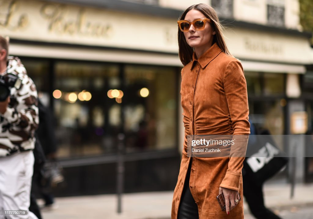 Street Style : Paris Fashion Week - Womenswear Spring Summer 2020 : Day Six : Photo d'actualité