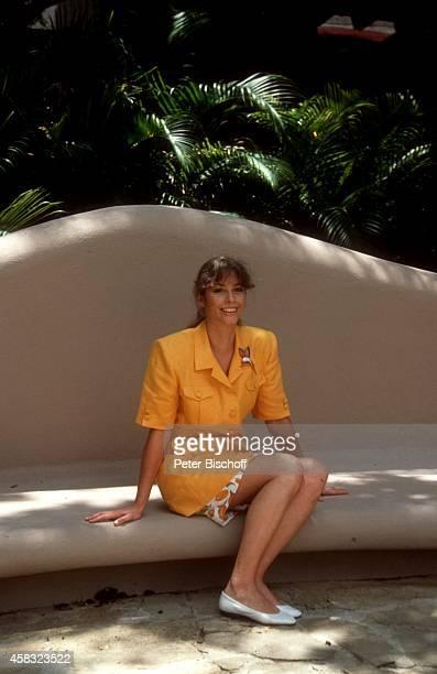 Olivia Pascal ZDFSerie Urlaub mal ganz anders in Santo Domingo Dominikanische Republik Karibik