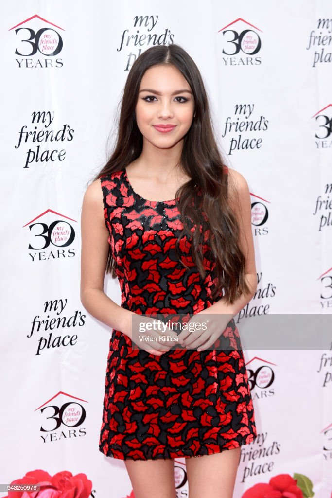My Friend's Place 30th Anniversary Red Carpet and Gala : News Photo