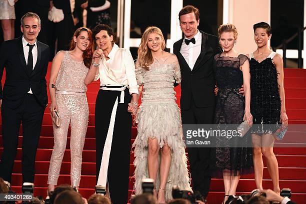 Olivier Assayas Kristen Stewart Juliette Binoche Chloe Grace Moretz Lars Eidinger Nora Von Waldstatten and Claire Tran attend the Clouds Of Sils...