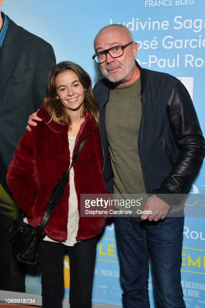 Olivier Baroux and his daughter Enya Baroux attend 'Lola Et Ses Freres' Paris Premiere on November 20 2018 in Paris France