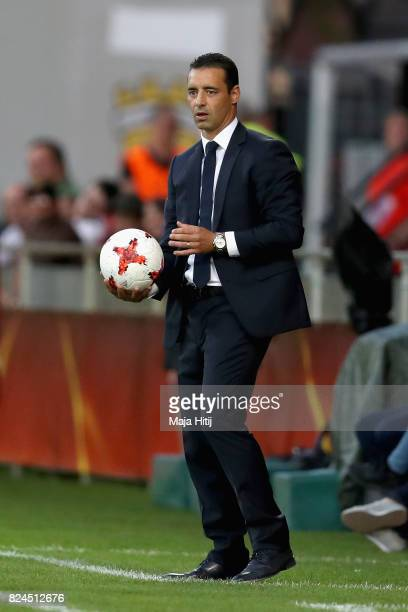 Olivier Echouafni head coach of France looks on during the UEFA Women's Euro 2017 Quarter Final match between France and England at Stadion De...