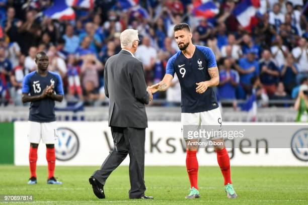 Olivier Giroud and Former France World Cup Winning coach Aime Jacquet during the International Friendly match between France and United States at...