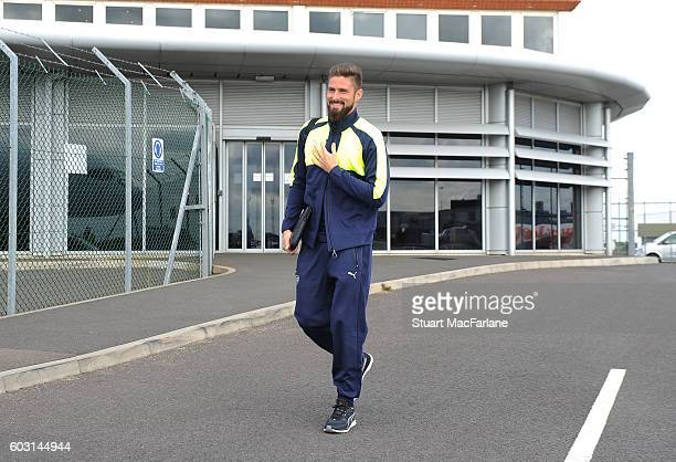 Olivier Giroud boards the Arsenal plane to Paris at Luton Airport on September 12 2016 in Luton England