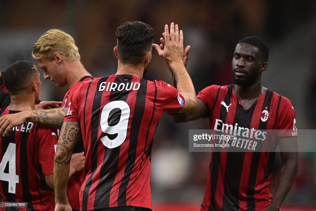 AC Milan v Cagliari Calcio - Italian Serie A : News Photo