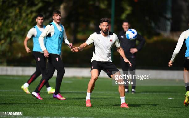 Olivier Giroud of AC Milan in action during an AC Milan training session at Milanello on October 24, 2021 in Cairate, Italy.