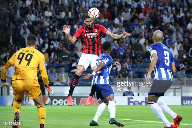 Olivier Giroud of AC Milan in action during the UEFA Champions League group B match between FC Porto and AC Milan at Estadio do Dragao on October 19,...