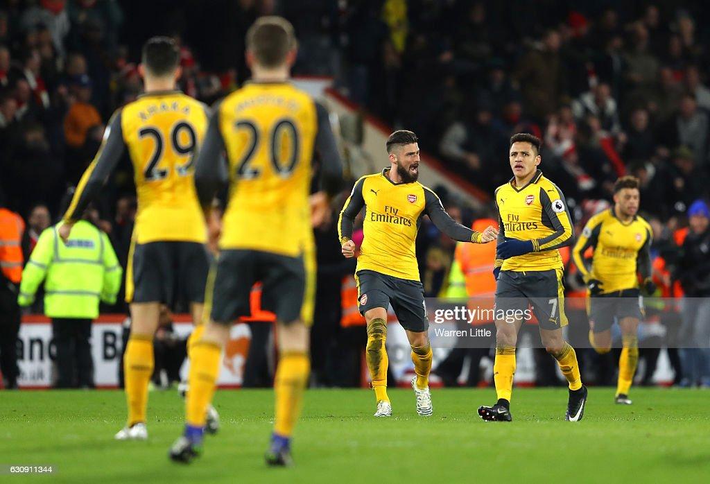 AFC Bournemouth v Arsenal - Premier League : News Photo