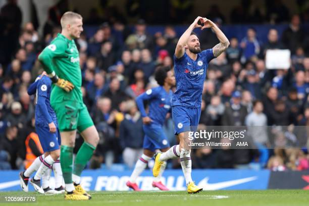 Olivier Giroud of Chelsea celebrates after scoring a goal to make it 40 during the Premier League match between Chelsea FC and Everton FC at Stamford...