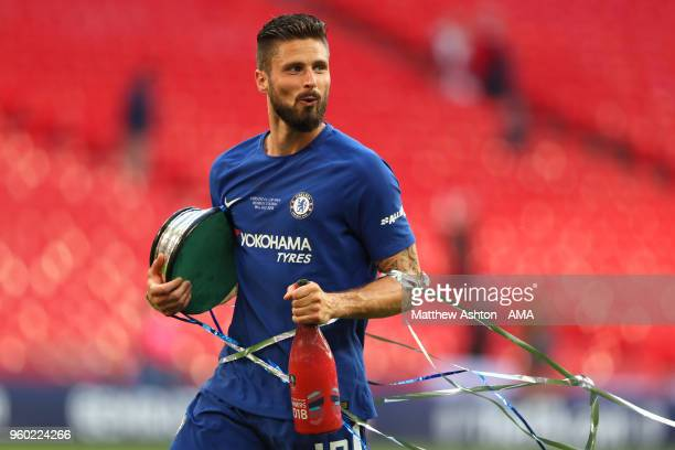 Olivier Giroud of Chelsea celebrates at the end of the Emirates FA Cup Final between Chelsea and Manchester United at Wembley Stadium on May 19 2018...