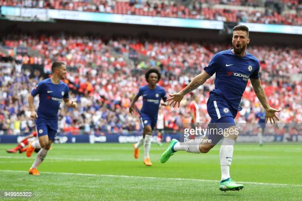Olivier Giroud of Chelsea celebrates scoring the first goal during the The Emirates FA Cup Semi Final match between Chelsea and Southampton at...