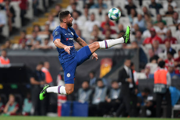 SUPER COUPE EUROPE UEFA 2019 Olivier-giroud-of-chelsea-controls-the-ball-during-the-uefa-super-cup-picture-id1168042444?k=6&m=1168042444&s=612x612&w=0&h=gTa_VwXoLQ7IOY2MzdNiVl2HNggM_1Ft7GSYZTHPp24=