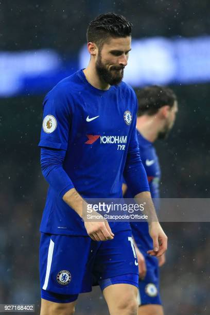 Olivier Giroud of Chelsea looks dejected during the Premier League match between Manchester City and Chelsea at the Etihad Stadium on March 4 2018 in...