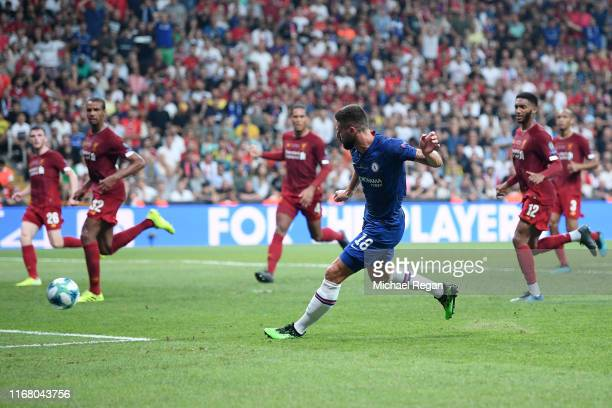 Olivier Giroud of Chelsea scores his team's first goal during the UEFA Super Cup match between Liverpool and Chelsea at Vodafone Park on August 14,...