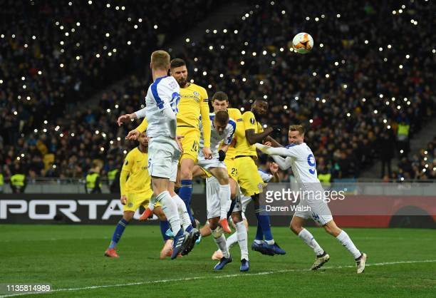Olivier Giroud of Chelsea scores his team's fourth goal during the UEFA Europa League Round of 16 Second Leg match between Dynamo Kyiv and Chelsea at...