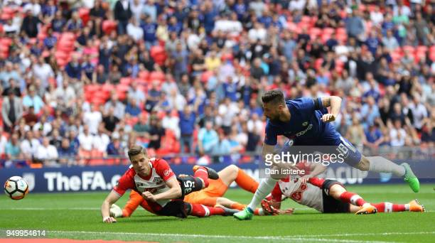 Olivier Giroud of Chelsea scores the first goal during the The Emirates FA Cup Semi Final match between Chelsea and Southampton at Wembley Stadium on...