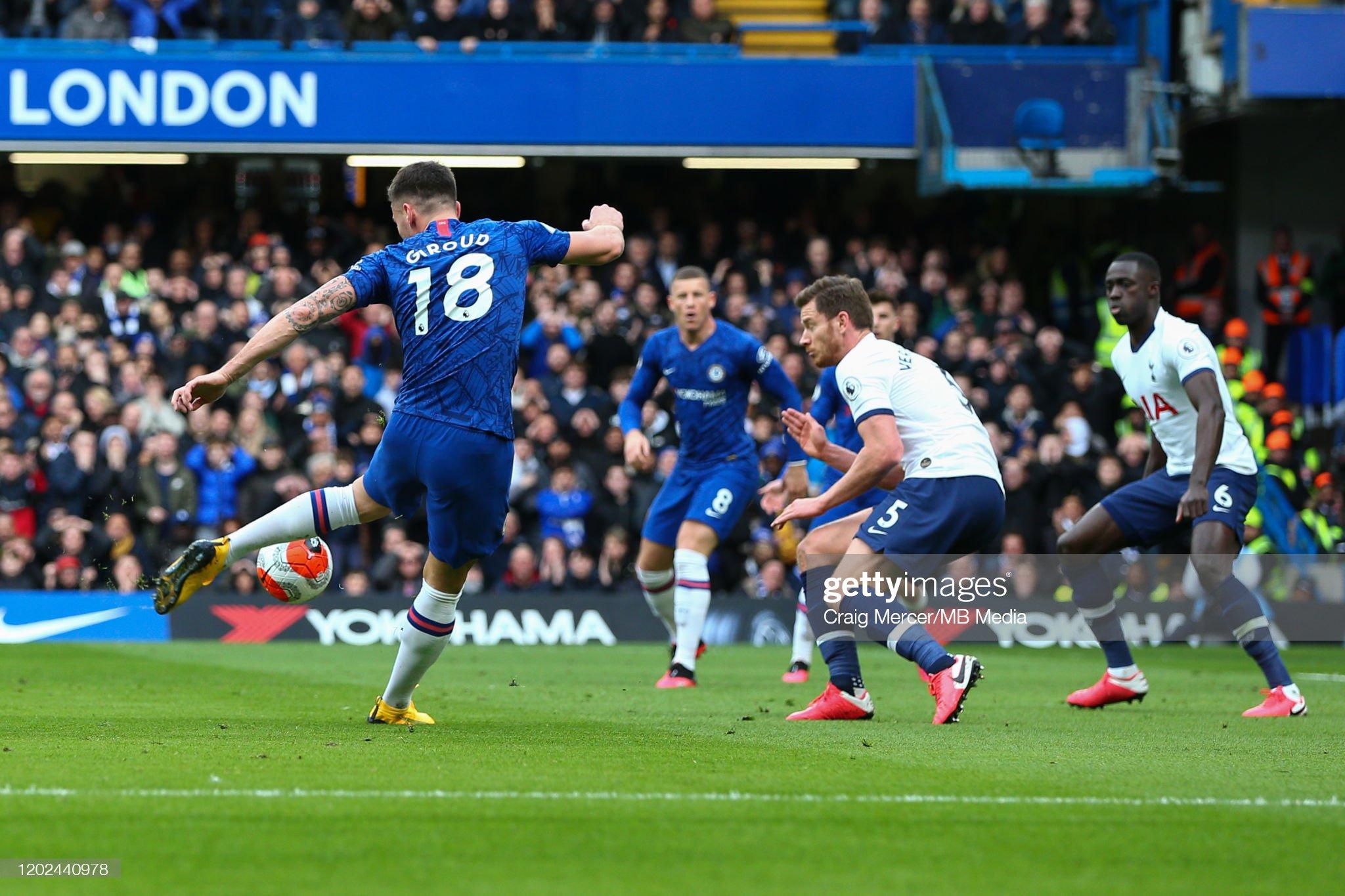 Chelsea FC v Tottenham Hotspur - Premier League : News Photo