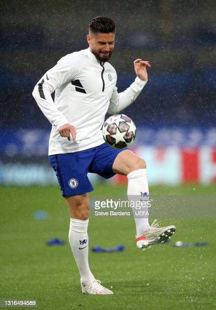 Olivier Giroud of Chelsea warms up prior to the UEFA Champions League Semi Final Second Leg match between Chelsea and Real Madrid at Stamford Bridge...
