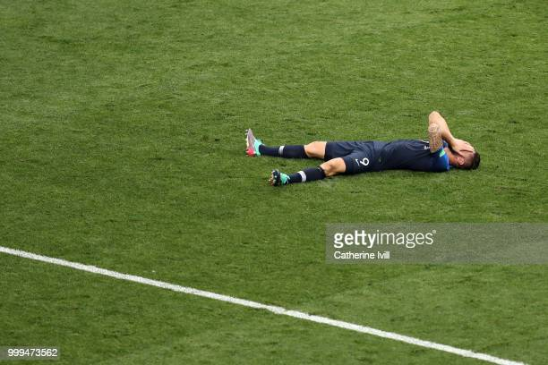 Olivier Giroud of France celebrates following his sides victory in the 2018 FIFA World Cup Final between France and Croatia at Luzhniki Stadium on...
