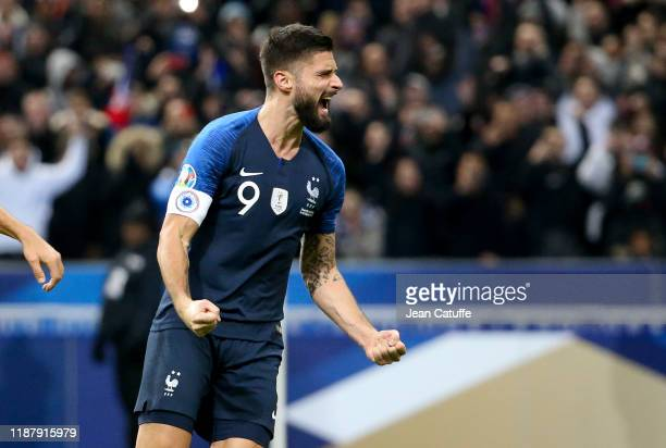 Olivier Giroud of France celebrates his goal on a penalty kick during the UEFA Euro 2020 Qualifier between France and Moldova at Stade de France on...