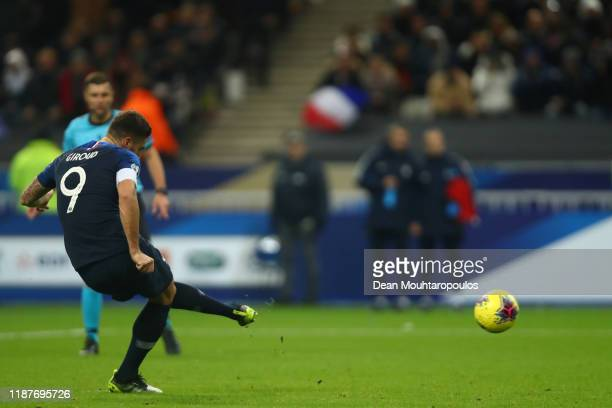 Olivier Giroud of France scores a penalty for his team's second goal during the UEFA Euro 2020 Qualifier between France and Moldova on November 14...