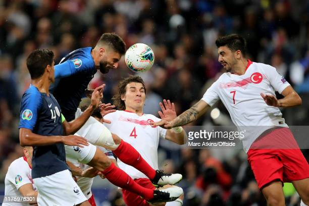 Olivier Giroud of France scores the opening goal during the UEFA Euro 2020 qualifier between France and Turkey on October 14, 2019 in Saint-Denis,...