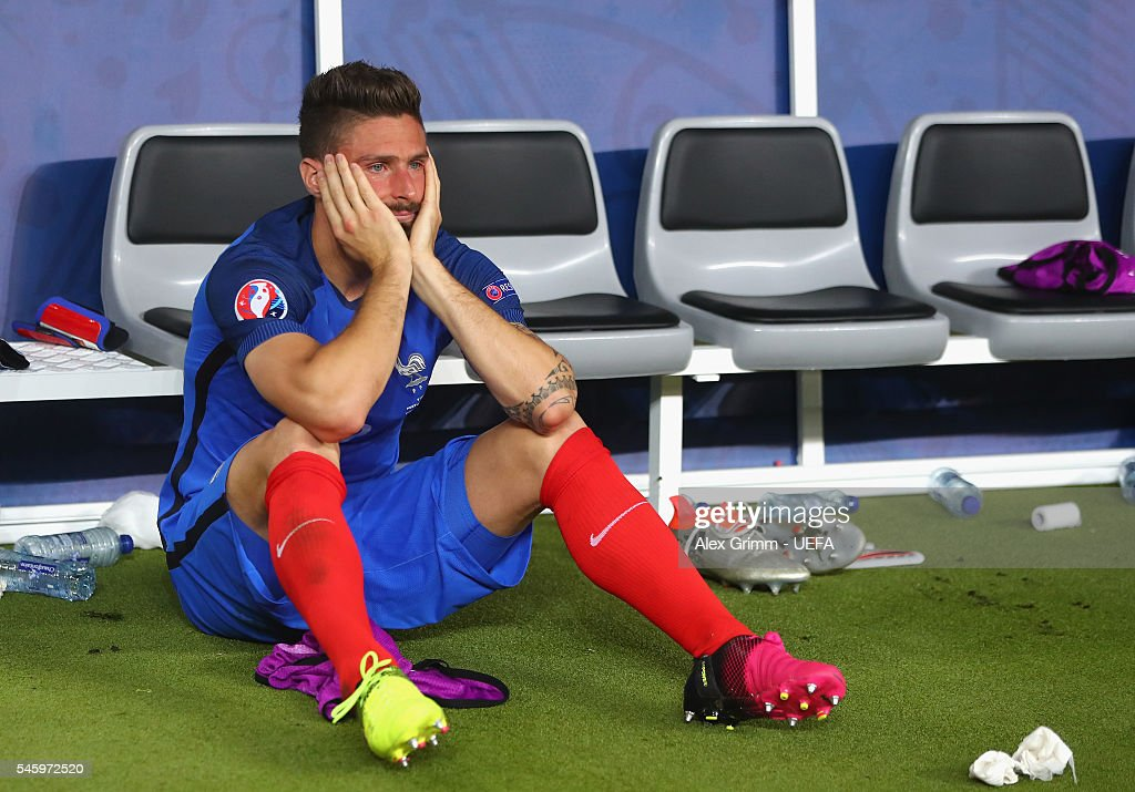 Olivier Giroud of France shows his dejection after his team's 0-1 defeat in the UEFA EURO 2016 Final match between Portugal and France at Stade de France on July 10, 2016 in Paris, France.