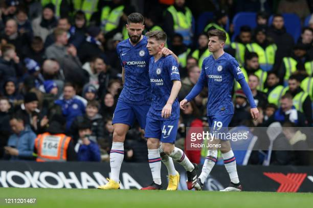 Olivier Giroud with Billy Gilmour and Mason Mount of Chelsea during the Premier League match between Chelsea FC and Everton FC at Stamford Bridge on...