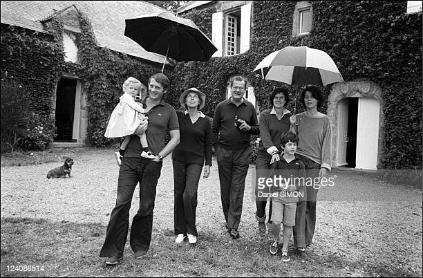 Olivier Guichard French Minister of justice in his family In La Baule France In 1976