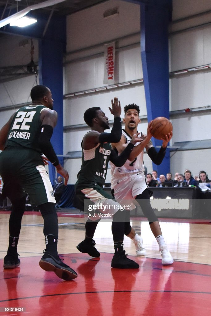 Olivier Hanlan #7 of the Austin Spurs drives to the basket against the Wisconsin Herd during the G-League Showcase on January 12, 2018 at the Hershey Centre in Mississauga, Ontario Canada.